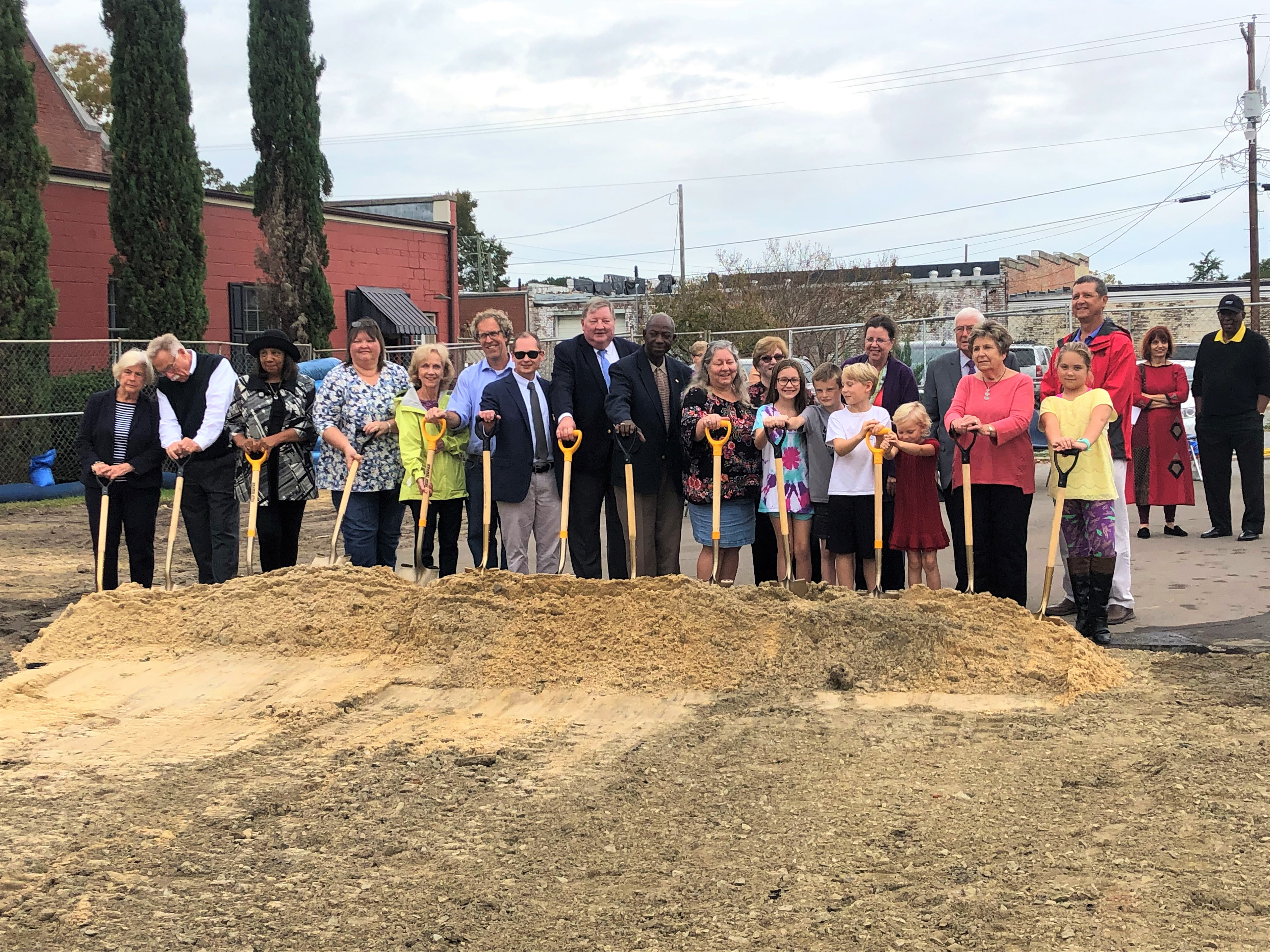 Public groundbreaking at the Farmville Library